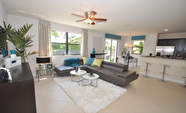 Venetian Park Hallandale townhomes for Sale and Rent